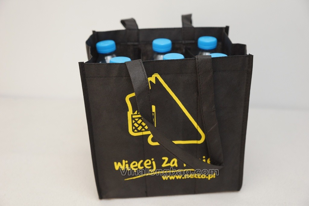 Bottle holder black PP non woven bag